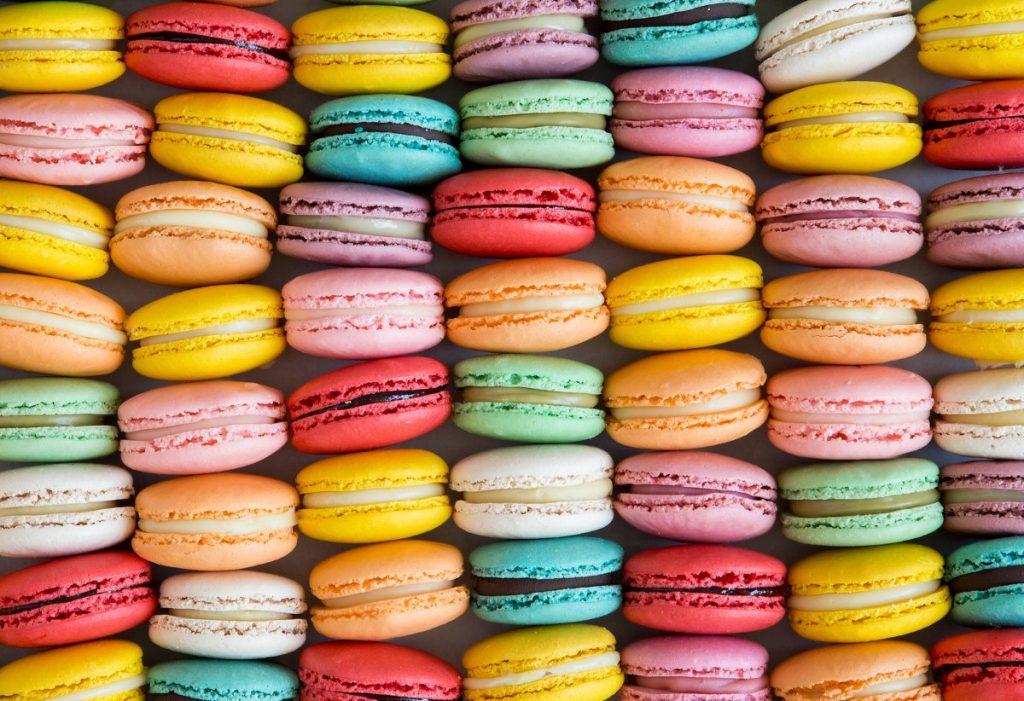 macarons e piccoli prodotti da forno per pasticcerie e gelaterie